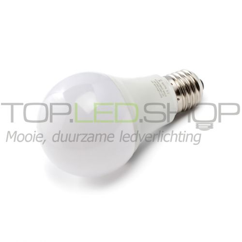 LED Lamp 230V, bol mat, 8W, Warmwit, E27